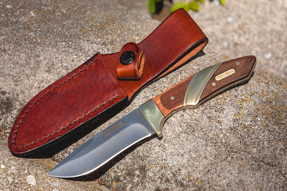 The Schrade Old Timer Capybara shown with Sheath.