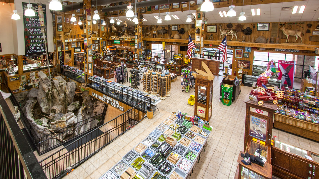 Nov 27,  · The World's Largest Knife Showplace and much more. We carry a variety of products: knives, tools, housewares, kitchen cutlery, apparel, collectables, firearms, military surplus, and other outdoors related products/5(K).