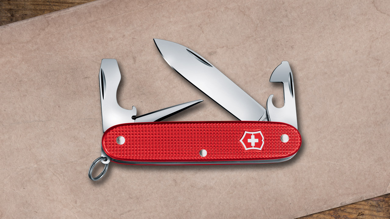 Victorinox 2018 Alox Limited Edition goes Berry Red this year